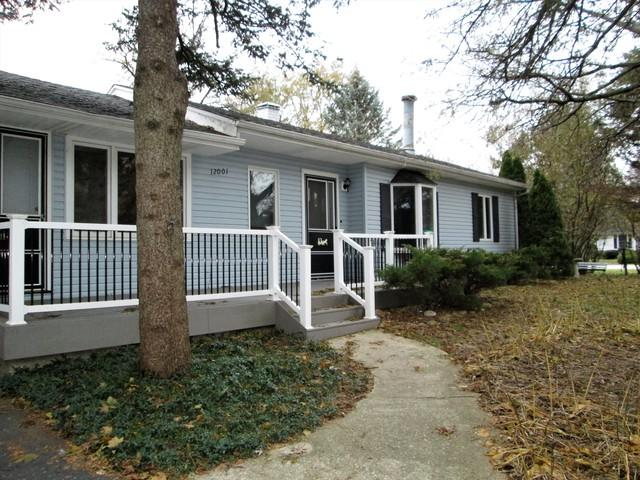 12001 S 72nd Court, Palos Heights, IL 60463 (MLS #09802240) :: The Wexler Group at Keller Williams Preferred Realty