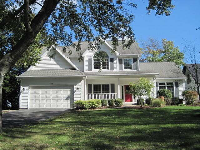 975 Highland Avenue, Glen Ellyn, IL 60137 (MLS #09802938) :: The Wexler Group at Keller Williams Preferred Realty