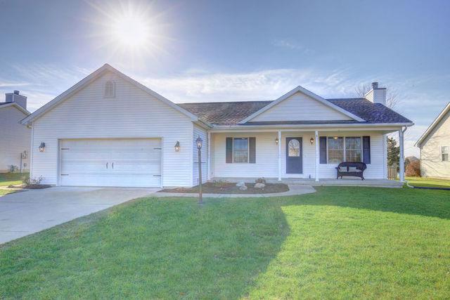 1713 Magnolia Drive, ST. JOSEPH, IL 61873 (MLS #09802982) :: Littlefield Group