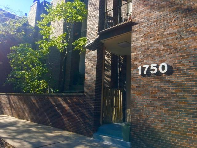 1750 N Wells Street #105, Chicago, IL 60614 (MLS #09803048) :: Carrington Real Estate Services
