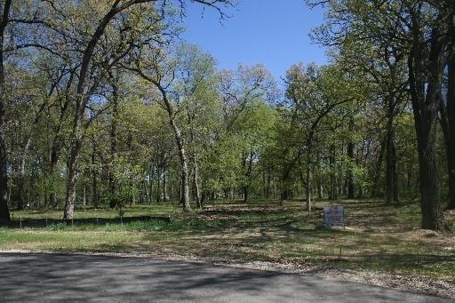 1304 Autumn Ridge Court, Crystal Lake, IL 60014 (MLS #09803372) :: Key Realty