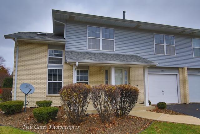 17025 E Circle Drive, Tinley Park, IL 60477 (MLS #09803378) :: The Wexler Group at Keller Williams Preferred Realty