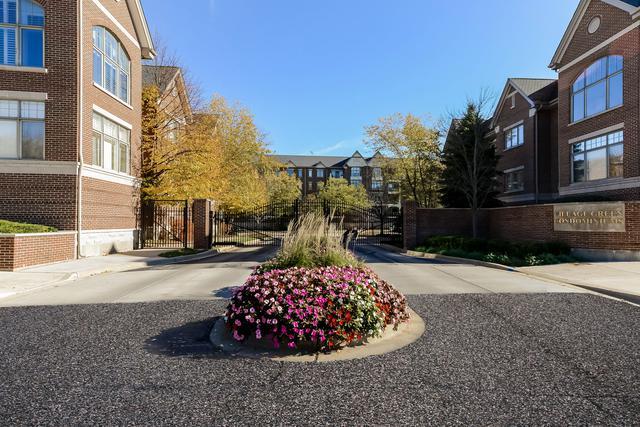 405 Village Green #203, Lincolnshire, IL 60069 (MLS #09803508) :: Helen Oliveri Real Estate
