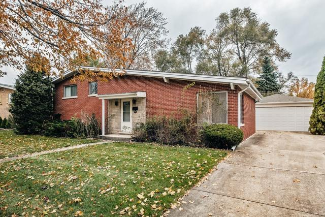 7212 Suffield Street, Morton Grove, IL 60053 (MLS #09803548) :: Helen Oliveri Real Estate