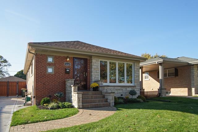 8430 N Osceola Avenue, Niles, IL 60714 (MLS #09803918) :: Helen Oliveri Real Estate