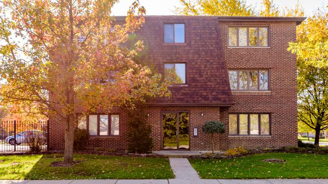 7535 Tiffany Drive 3B, Orland Park, IL 60462 (MLS #09804002) :: The Wexler Group at Keller Williams Preferred Realty