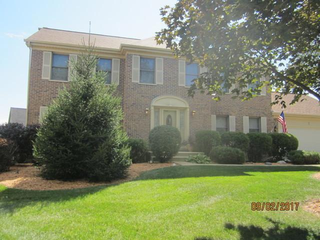 7 Plumrose Lane, Schaumburg, IL 60194 (MLS #09804109) :: Carrington Real Estate Services