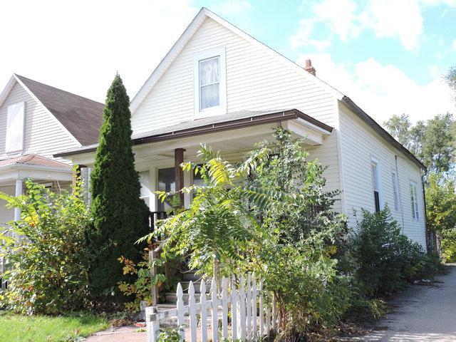 10346 S Indiana Avenue, Chicago, IL 60628 (MLS #09804131) :: Carrington Real Estate Services