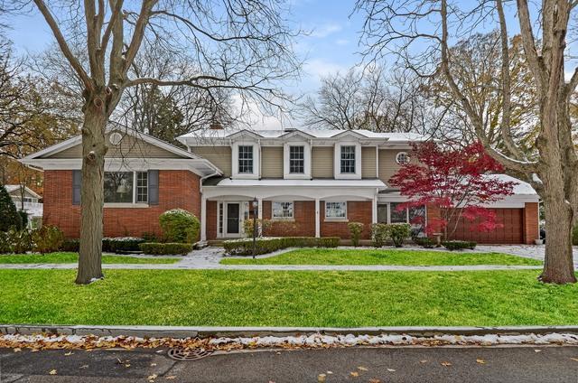 844 Juniper Road, Glenview, IL 60025 (MLS #09804318) :: Helen Oliveri Real Estate
