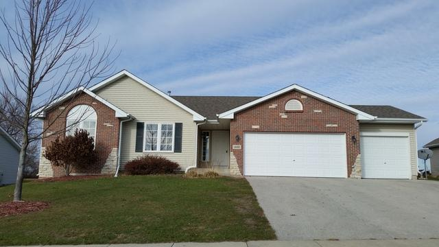 440 Sherman Lane, Poplar Grove, IL 61065 (MLS #09804357) :: Key Realty