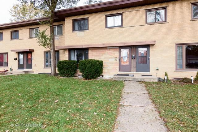 208 E Highland Avenue, Mount Prospect, IL 60056 (MLS #09804364) :: Helen Oliveri Real Estate