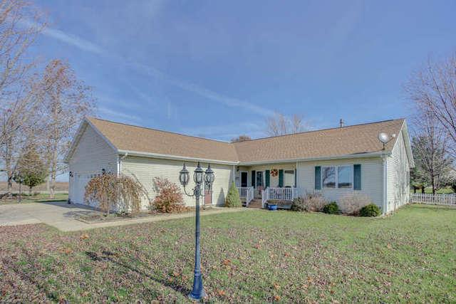 2149 Shady Rest Road, MONTICELLO, IL 61856 (MLS #09804893) :: Littlefield Group