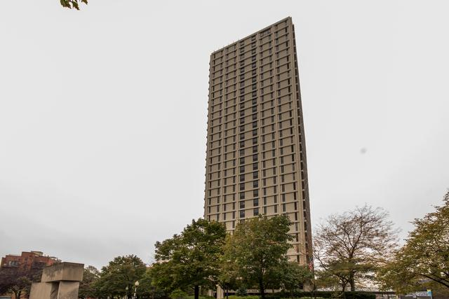 1960 N Lincoln Park West Avenue #801, Chicago, IL 60614 (MLS #09805075) :: Domain Realty