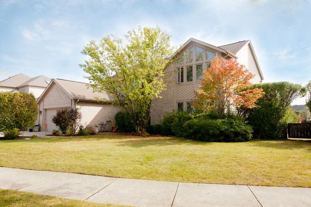 1933 Beverly Lane, Buffalo Grove, IL 60089 (MLS #09805604) :: Helen Oliveri Real Estate
