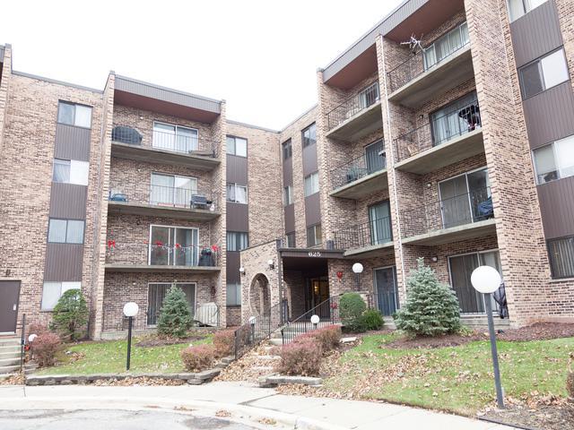 625 W Huntington Commons Road #311, Mount Prospect, IL 60056 (MLS #09805728) :: Helen Oliveri Real Estate