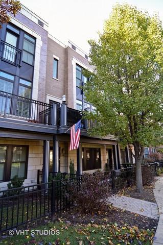 3022 W Newport Avenue, Chicago, IL 60618 (MLS #09805779) :: Domain Realty
