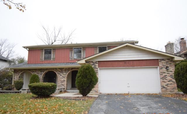 2830 Willow Road, Homewood, IL 60430 (MLS #09806130) :: MKT Properties | Keller Williams