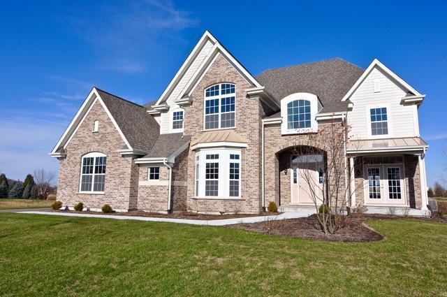 215 Merry Oaks Drive, Sycamore, IL 60178 (MLS #09806140) :: MKT Properties | Keller Williams