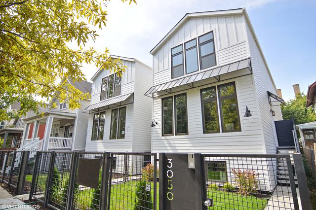 3050 N Sawyer Avenue, Chicago, IL 60618 (MLS #09806161) :: Domain Realty