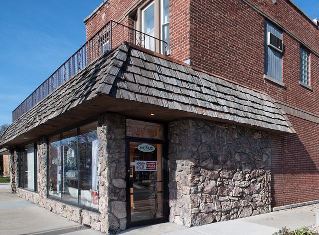 6200 W Montrose Avenue, Chicago, IL 60634 (MLS #09806365) :: Ani Real Estate