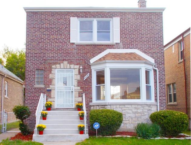8430 S Honore Street, Chicago, IL 60620 (MLS #09806406) :: Helen Oliveri Real Estate