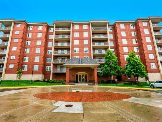 8340 Callie Avenue #604, Morton Grove, IL 60053 (MLS #09806419) :: Helen Oliveri Real Estate