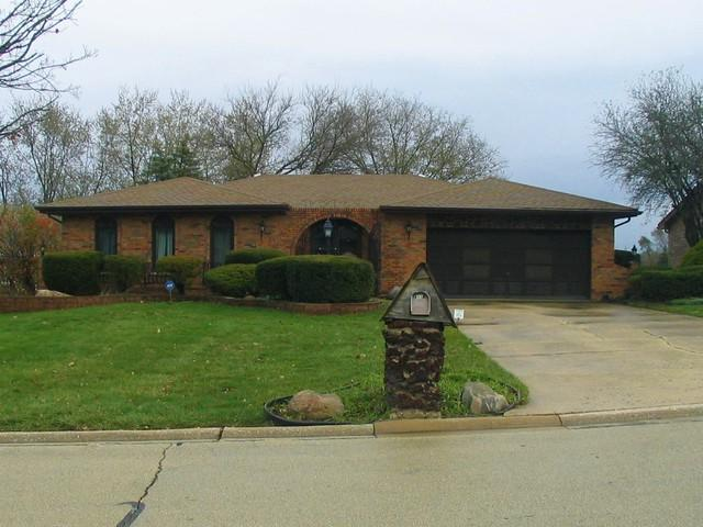 8118 Crestview Drive, Willow Springs, IL 60480 (MLS #09806547) :: The Wexler Group at Keller Williams Preferred Realty