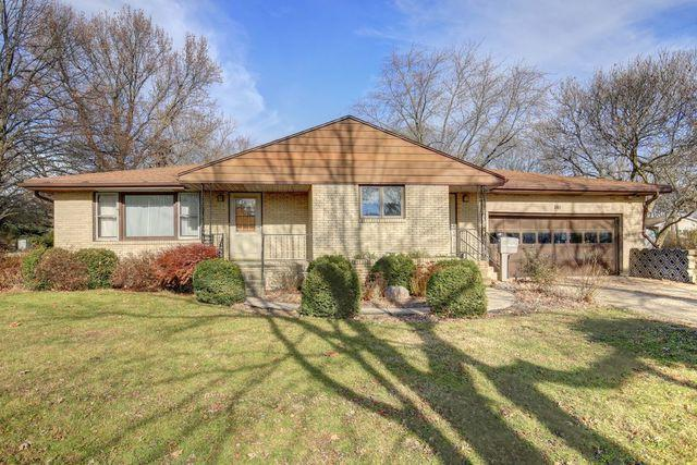 304 W Park Street, Fisher, IL 61843 (MLS #09808942) :: Littlefield Group