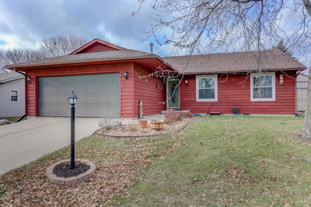 2005 Park Ridge Drive, Urbana, IL 61802 (MLS #09810010) :: Littlefield Group