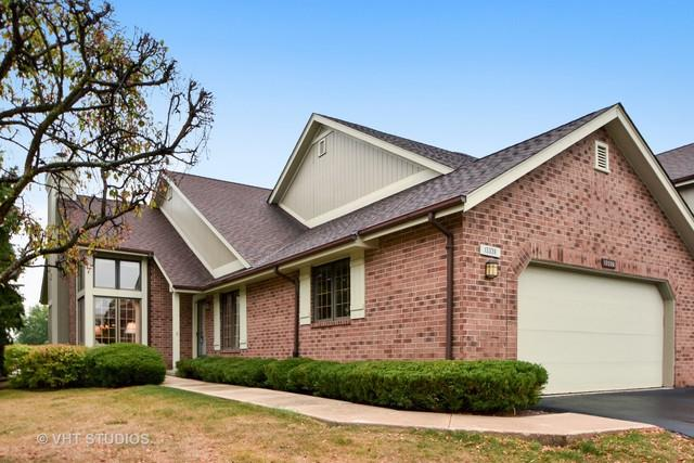 13339 S Oak Hills Parkway #13339, Palos Heights, IL 60463 (MLS #09810815) :: The Wexler Group at Keller Williams Preferred Realty
