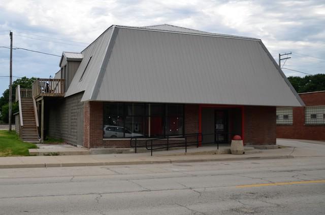 210 Comanche Avenue, Shabbona, IL 60550 (MLS #09811153) :: Domain Realty