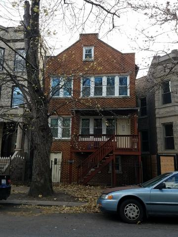 3327 W Pierce Avenue, Chicago, IL 60651 (MLS #09812044) :: Property Consultants Realty