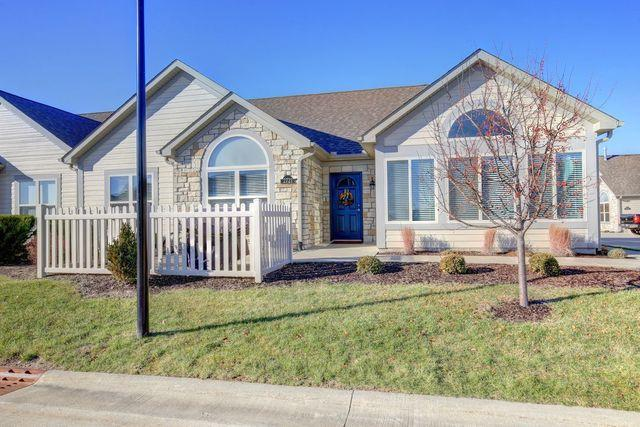 2721 Madelynn Drive #2721, Champaign, IL 61822 (MLS #09813766) :: Littlefield Group