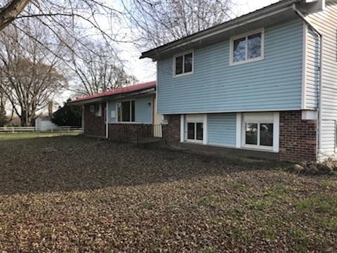 12540 Poplar Grove Road, Poplar Grove, IL 61065 (MLS #09813919) :: Key Realty