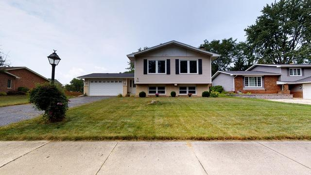 1840 Bolson Drive, Downers Grove, IL 60516 (MLS #09814034) :: The Wexler Group at Keller Williams Preferred Realty