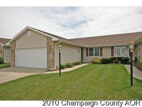 910 Waters Edge Road #910, Champaign, IL 61822 (MLS #09814318) :: Littlefield Group