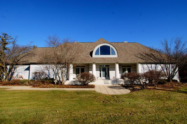 2315 Coach Road, Long Grove, IL 60047 (MLS #09814816) :: The Schwabe Group