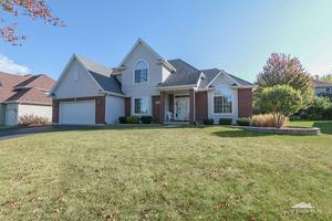 266 Willowwood Drive, Oswego, IL 60543 (MLS #09814910) :: Angie Faron with RE/MAX Ultimate Professionals