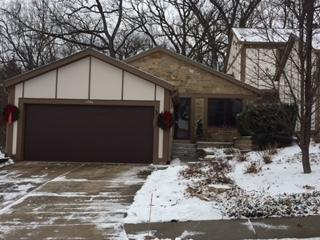 1290 Tall Oaks Lane, Wheaton, IL 60187 (MLS #09815139) :: The Wexler Group at Keller Williams Preferred Realty