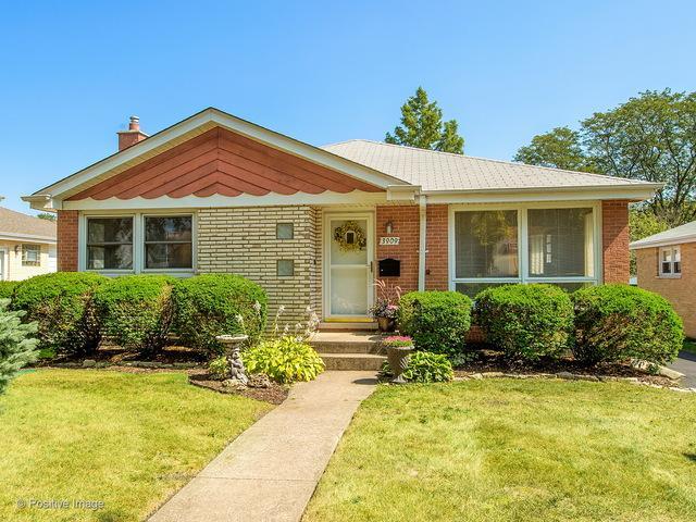 3909 Rose Avenue, Western Springs, IL 60558 (MLS #09815435) :: The Wexler Group at Keller Williams Preferred Realty