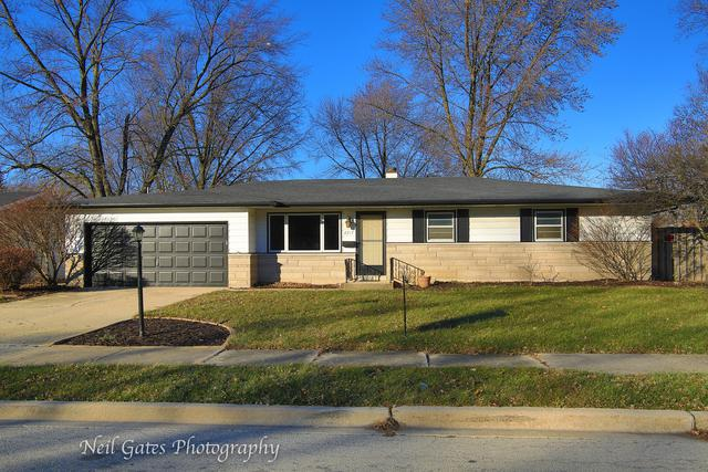 2217 W Acres Road, Joliet, IL 60435 (MLS #09817140) :: Angie Faron with RE/MAX Ultimate Professionals
