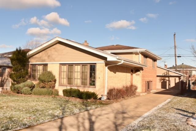 4840 W 106th Place, Oak Lawn, IL 60453 (MLS #09817180) :: Baz Realty Network | Keller Williams Preferred Realty
