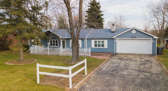 13741 Elm Street, Orland Park, IL 60462 (MLS #09817403) :: Baz Realty Network | Keller Williams Preferred Realty