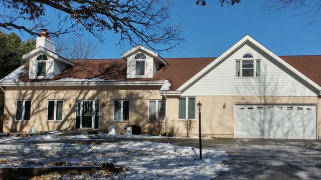 11506 Cemetery Road, Capron, IL 61012 (MLS #09817657) :: Key Realty