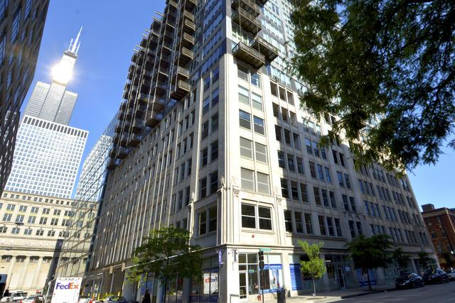 565 W Quincy Street #1413, Chicago, IL 60661 (MLS #09817930) :: Touchstone Group