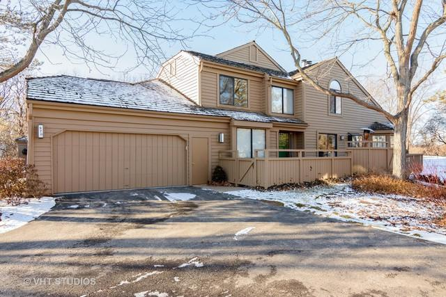 970 Longmeadow Court, Lake Barrington, IL 60010 (MLS #09818512) :: Angie Faron with RE/MAX Ultimate Professionals