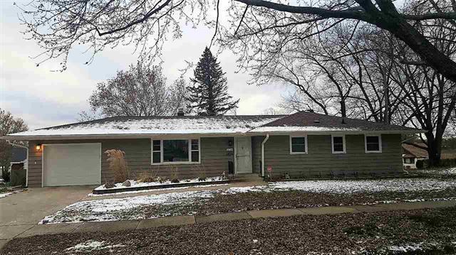 3529 Carolina Avenue, Rockford, IL 61108 (MLS #09819075) :: Helen Oliveri Real Estate