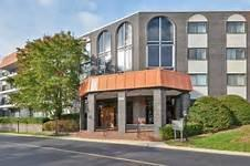 4900 Foster Street #103, Skokie, IL 60077 (MLS #09819645) :: The Jacobs Group