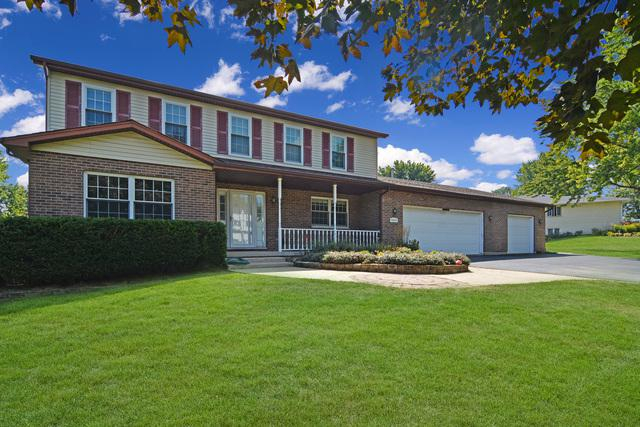 9N819 Hogan Hill, Elgin, IL 60124 (MLS #09820406) :: The Jacobs Group