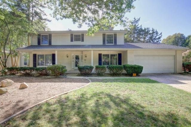 2113 Lynwood Drive, Champaign, IL 61821 (MLS #09820987) :: The Jacobs Group